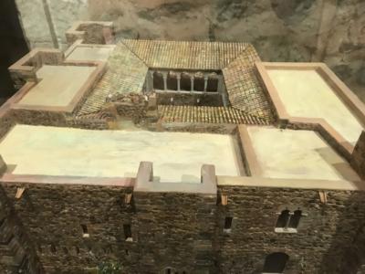 Amics Castells: Castell- Cartuja de San Jaime- Masía de Valparadís.