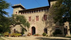 Palau Castell del Baró de Quadras